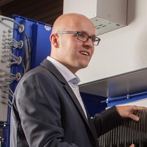 Der berufserfahrene Hannes arbeitet als Sales Manager bei KMA Umwelttechnik