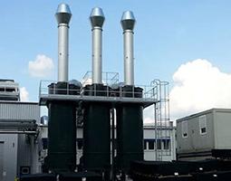 KMA Abluftfiltersysteme entfernen den ölhaltigen Rauch in der industriellen Gummiverarbeitung, entziehen der Abluft die Gerüche und gleichzeitig die Produktionsabwärme.