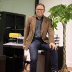 Geschäftsführer der Chinesischen Niederlassung, Christian Kurtsiefer, bei Büroeräffnung im Jahr 2012
