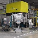 Energiesparender KMA Umluftbetrieb führt zu reiner Luft in der Produktionshalle und Kostenvorteilen.